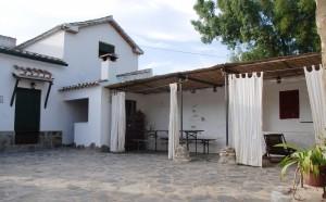 Barbacoa techada y porche Molino Jabonero